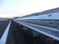 hot-dip galvanized fasteners in guardrails